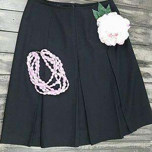 Brooke brothers pleated  petite skirt